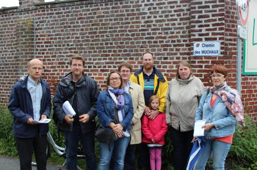 Les participants venus de Lambersart, Saint-André et Verlinghem condamnent ce projet de nouveau quartier lambersartois, aux Muchaux, à la frontière de Saint-André et Verlinghem.